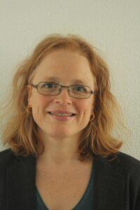 Christina Buholzer, Kindergärtnerin, KiTa Leiterin und Prüfungsexpertin für Fachfrau/Fachmann Betreuung