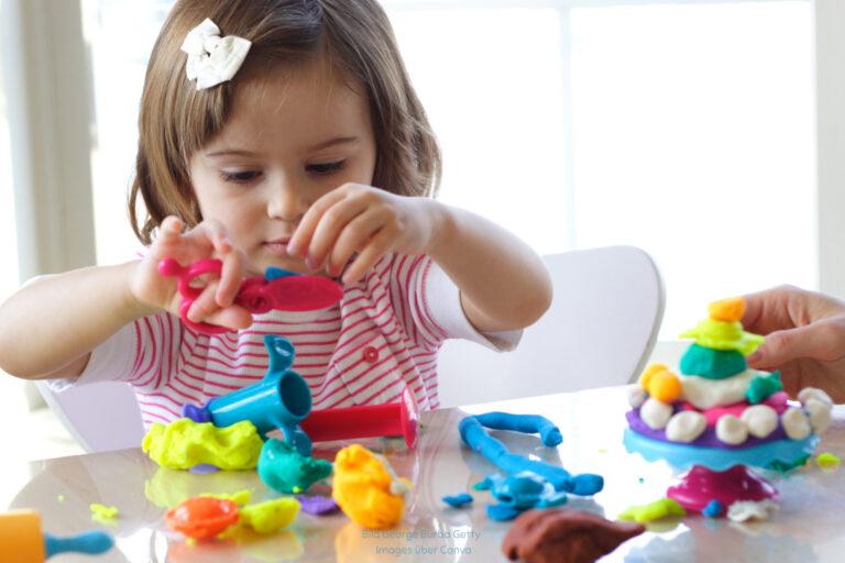 Täglich mit Knete spielen